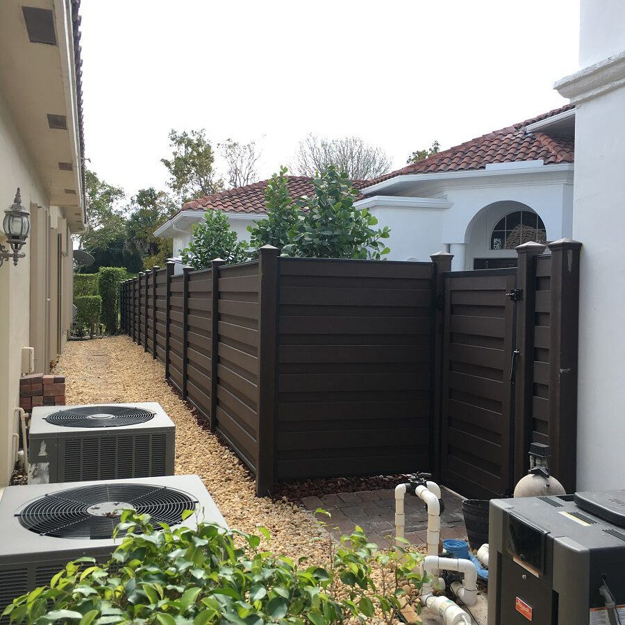 Fort Worth residential fence contractor