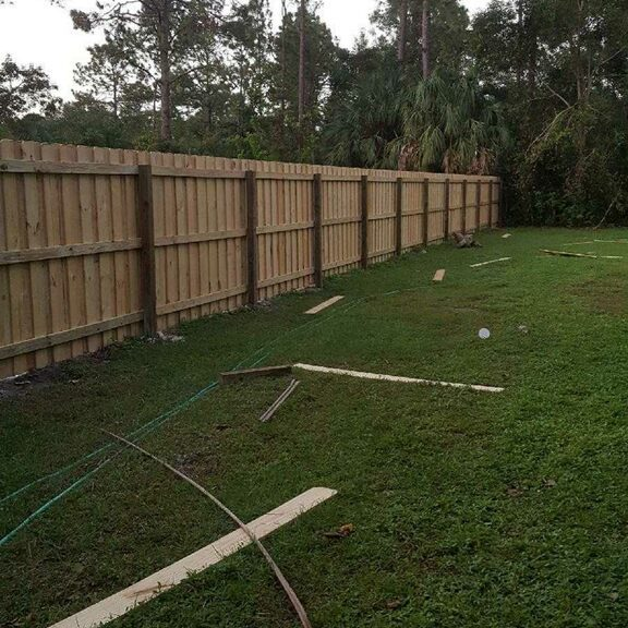 backyard wood fence installation in fort worth